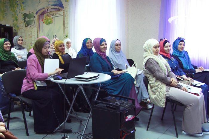 Женские организации обогатились и поделились