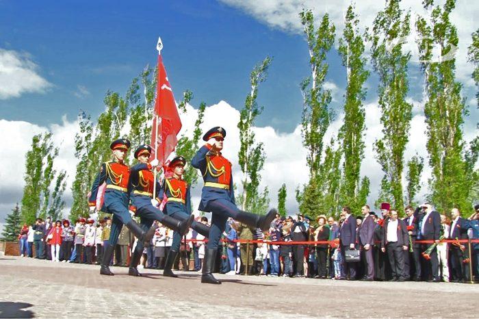Мусульмане Саратова поздравили ветеранов с Великой Победой