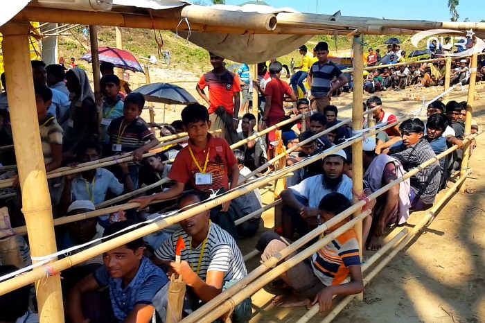 Московский муфтий посетил несчастных беженцев Рохинья