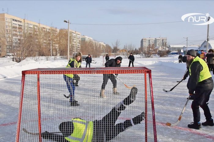Муфтий играет в хоккей!