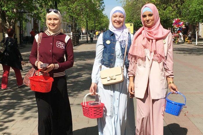 Саратовские мусульмане раздали 500 упаковок фиников