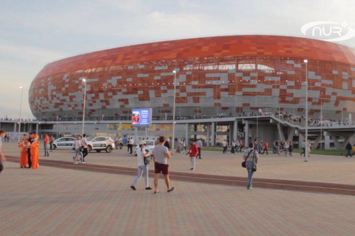 Стадион к мундиалю построили рядом с мечетями