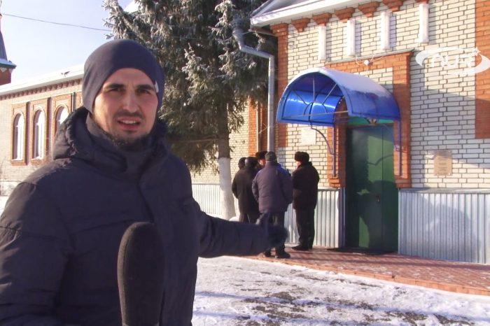 ШОК!!! Рейдеры захватили мечеть и выгнали имама