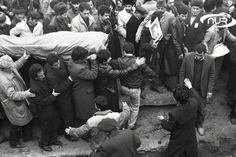 Кто убивал азербайджанцев в Баку?