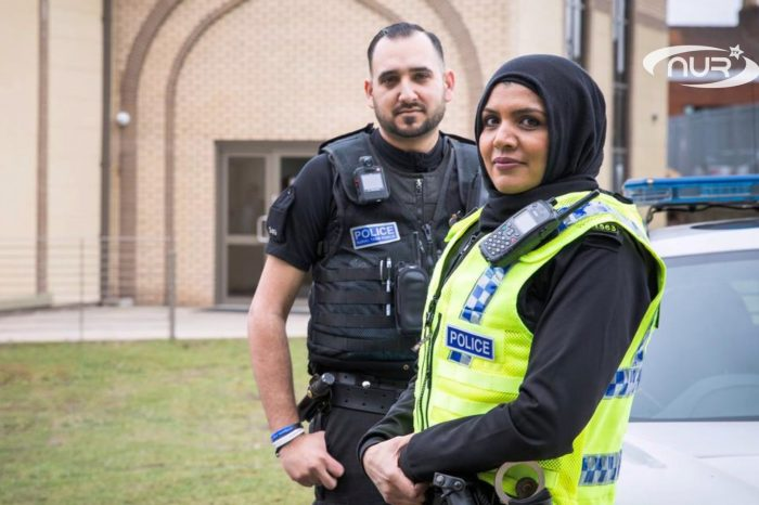 Полицейские наденут хиджаб!